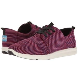 NWT TOMS Del Rey Black Plum Multi Knit Sneakers 7